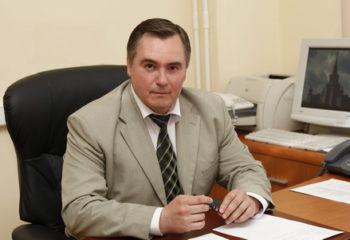 А.Ю. ШУутов